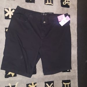 Riders by Lee Shorts - Rider by Lee Bermuda shorts nwt size 24  5 for $55